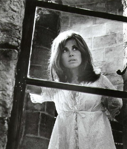 Crescendo Stefanie Powers